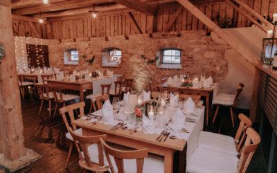 Gemütliche Stodl Hochzeit